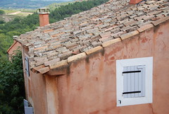 """The roofs of Rousillon • <a style=""""font-size:0.8em;"""" href=""""http://www.flickr.com/photos/75865141@N03/6814709619/"""" target=""""_blank"""">View on Flickr</a>"""