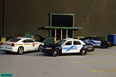 Fargo North Dakota Police Diorama (Phil's 1stPix) Tags: trooper ford us call unitedstates police olympus hobby replica cop northdakota nd policecar greenlight collectible fargo lawenforcement burglary diorama scalemodel statepatrol diecast hotpursuit firstpix cvpi diecastcar diecastmodel diecasttruck diecastcollection 164scale diecastcollectible 164diecast diecastvehicle policediecast 1stpix policemodel greenlightdiecast diecastdiorama 164police greenlightpolice 164vehicle emergencydiorama 164scalediecast 164diorama 164car 164automobile uslawenforcment
