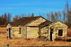 Bow City  the metropolis of Southern Alberta (The Lost Canuck Photography by Cody Kapcsos) Tags: canada falling alberta pioneerhouse bowcityalberta