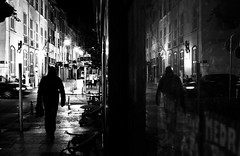 Toulon by night (..norm..) Tags: street people urban white black art by night canon blackwhite noir strangers stranger reflect 28 exploration et blanc norm stephane peuple urbaine toulon 2470 tranger macre skarla