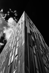 [102-365] Sumatrakontor (Snapitup) Tags: monochrome architecture hamburg sw spaceship orte hafencity 365daysproject sumatrakontor