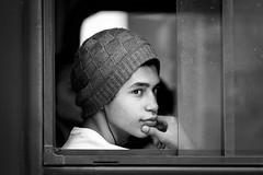 Candid Portrait (Guilherme Nicholas) Tags: street portrait blackandwhite monochrome candid streetphotography
