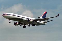 Delta Air Lines McDonnell Douglas MD-11 N812DE (Kambui) Tags: airplanes planes aviones avions flugzeuge  avies aeroplani
