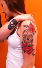 Skulls (bobqueiroztattoos) Tags: santa roses brazil flores floral phoenix birds rose brasil tattoo ink skull kat miami maria indian jesus flor von mother rosa super mario best sugar holy mexican needle sp fina fenix crown paulo rosas ramo so caveira mexicano tatto ramos rococo madona melhor virgem tattooing tatuagem chicano linha fino queiroz religioso dbob trao arabesco arabescos pontilhismo gellys fuckyeahtattoos