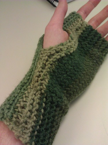 Fingerless mitts, palm side