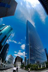 Shiodome Shio-Site, Tokyo (Yohsuke_NIKON_Japan) Tags: reflection japan architecture clouds skyscraper tokyo nikon bluesky fisheye tokina  shiodome dentsu d60     colorefex