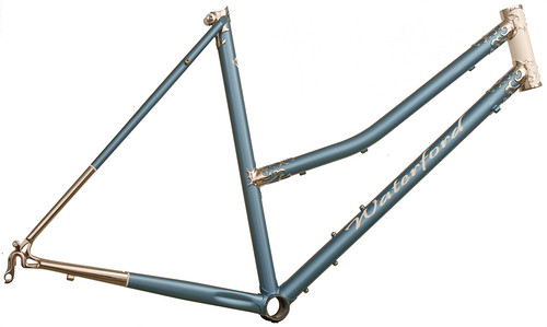 <p>Mixte Frame built with Waterford Nuevo-Coco Custom Lugs, made of stainless steel with polished lugs and stays,  English Light Blue Met 61549</p>