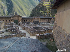 Ollantaytambo - Parque Arqueológico (Gaby Fil Φ) Tags: cuzco perú inka sudamérica caminoinca vallesagradodelosincas chapaqñan