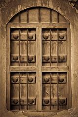 old window #آرشيفيه (Mohammed Almuzaini © محمد المزيني) Tags: old blue bw art window canon nice nikon flickr explore mohammed add saudi محمد المزيني almuzaini wwwflickrcomphotosmo7amd