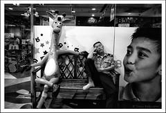 Chinese nap 3 (tany_kely) Tags: china street leica urban blackandwhite bw white man black funny noir nap shanghai noiretblanc humour nb rue blanc chine homme girafe urbain m9 sieste