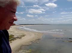 El mundo bajo mis ojos (carlos_ar2000) Tags: people beach me smile landscape uruguay gente yo playa paisaje smoking sonrisa maldonado joseignacio fumando i