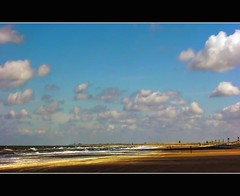 No Christmas Without A Walk Along The Beach (Wim Koopman) Tags: sea sky holland beach water netherlands dutch clouds zeiss lens photography coast photo sand walk sony north stock nederland wave cybershot hike northsea coastline hook stockphoto stockphotography cloudage wpk
