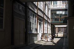 Paris, Passage du Cheval Blanc (Calinore) Tags: street city paris france architecture passage rue ville 11eme xieme passageduchevalblanc hccity
