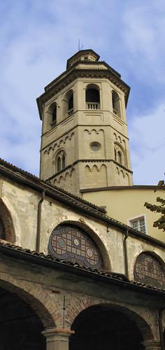 Gavi (Alessandria) – Il campanile lo famo strano!