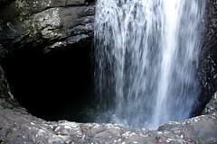 The hole of Cave Creek (Yero R. Kuethe) Tags: light naturalbridge canoneos cavecreek bummer fascinating recommended springbrooknationalpark glowworms yerokuethe swimmingnotlongerallowed