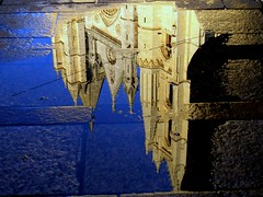 """En el agua limpia y clara, / espejo que te copiara / ¿no te dí? (Bernardo del Palacio) Tags: reflection colors reflections germany contraluz moments searchthebest screensaver brugge catedral santiagodecompostela reflejo bruges bremen reflexions breathtaking brujas caminodesantiago reflejos amazingcolors reflects autunm astorga antoniogaudí smörgåsbord dinnerandamovie straightfromcamera blueribbonwinner artisticexpression reflejada digitalcameraclub supershot 5photosaday kartpostal golddragon the4elements catdral abigfave totalawesomeness anawesomeshot colorphotoaward isawyoufirst deniscollette superbmasterpiece diamondclassphotographer amazingamateur theunforgettablepictures brillianteyejewel colourartaward betterthangood goldstaraward excapturemacro life~asiseeit academyofphotographyparadiso thebestpicturegallery explorewinnersoftheworld alwayscomment5 qualitypixels damniwishidtakenthat breathtakinggoldaward awesomeblossoms 100commentgroup jediphotographer inspiringgallery photoartbloggroup berpala dragondaggerphot dragondaggerphoto dragondaggerawards reflejoscatedraldeleón distinctflowers reflectionslovers awardreflections"