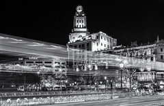 ... speed ! (picture 4B) Tags: barcelona city longexposure light bw bus monochrome architecture night speed lights town blackwhite nacht sony stadt architektur schwarzweiss lichter placadecatalunya a77 langzeitbelichtung geschwindigkeit blackwhitephotos sonya77