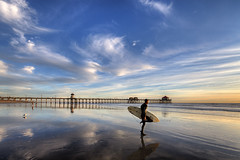 dream surfer (Eric 5D Mark III) Tags: tse17mmf4l canon eos5dmarkii ericlo photography landscape surfer pier beach sunset twilight sky cloud reflection lowtide wideangle people color tone huntingtonbeach orangecounty california unitedstates usa