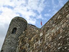 Ypres Tower, Rye (larigan.) Tags: uk england heritage unitedkingdom flag rye historical iconic touristattraction 13thcentury englishflag yprestower britishness englandflag ryecastle cinqueport larigan phamilton gettyimageswants