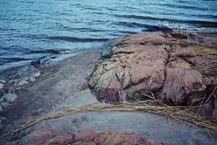 Curve. (MLuotio) Tags: ocean sea nature finland spring aperture fuji tide baltic shore curve x100s