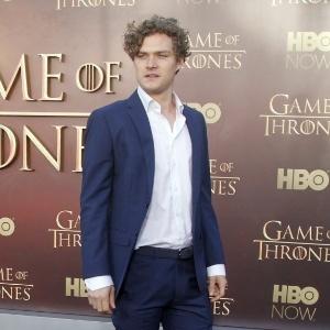 """""""Por que não estão falando do Brasil?"""", questiona ator de """"Game of Thrones"""""""