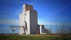GRAVELBOURG, SASKATCHEWAN (posterboy2007) Tags: nikon elevator grain saskatchewan dslr prairies grainelevator gravelbourg d7200