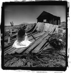 window (silke s.) Tags: california selfportrait 120 6x6 film analog mediumformat ilfordhp5 redfilter hasselblad500cm mojavenationalpreserve autaut silvergelatinprintscan