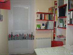 "Dormitorios infantiles en La Dama Decoración • <a style=""font-size:0.8em;"" href=""http://www.flickr.com/photos/67662386@N08/6478246199/"" target=""_blank"">View on Flickr</a>"
