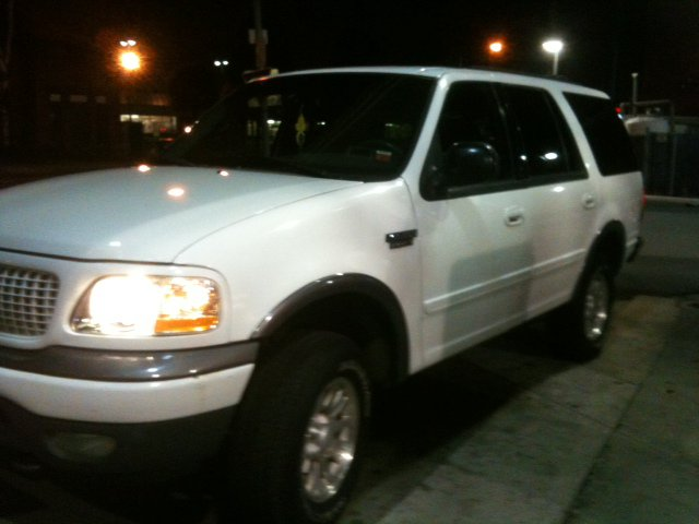 navigator cadillacescalade suvforsale 2000fordexpeditionxltforsale subuirban