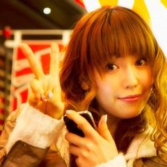昨日撮らせて頂いた永島さやかさん。こうみえて魔女っこというお笑い芸人(コンビ)さんです。グラビアアイドル、レースクイーンもして、今は女優さんも。TwitterのIDは @majyokkosayaka