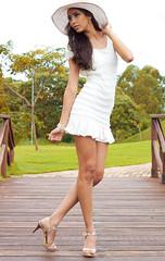 (LeandroSilvArt) Tags: light girl fashion canon eos rebel 50mm modelo garota mm x3 500d kissx3 t1i