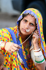 Inde - Gujarat -  (jmboyer) Tags: voyage travel portrait people woman india tourism girl beauty face lady female rural portraits canon photo eyes asia flickr village faces photos expression couleurs indian femme traditional picture culture tribal jewellery viajes lonely asie lonelyplanet tribe monde ethnic minority couleur tribo islamic gettyimages gujarat tourisme visage inde reportage nationalgeographic tribu kutch bhuj  minorities travelphotography greatrannofkutch googleimage go indiatourism colorsofindia tribus incredibleindia lurvely indedunord hodka indedusud photoflickr photosflickr canonfrance earthasia photosyahoo jmboyer northemindia gu4568 photosgoogleearth