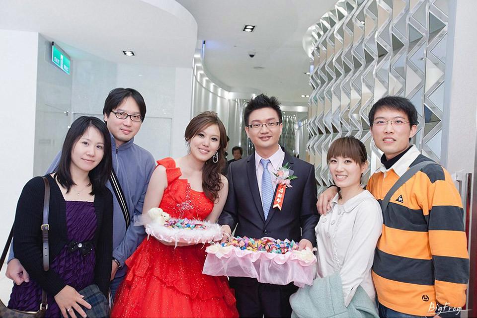 晉德+依萍-111