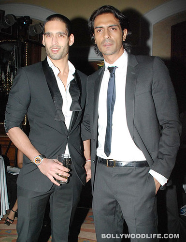 Arjun Rampal   Siddharth Mallya at HT Most Stylish award 2011