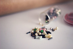 Crafts and Gifts (twoaftertwenty) Tags: digital 50mm beads crafts bead spill