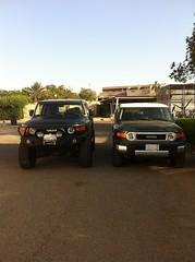 Fj cruisers 2 (shine_on) Tags: car truck offroad 4x4 saudi arabia toyota jeddah suv fj landcruiser saudiarabia cruiser البر fjcruiser السعودية سعودي صحراء تويوتا طعس كروزر لاندكروزر الجيب براري