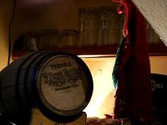 Tequila (LuchoVaS) Tags: glass cork barrel tequila finepix corcho vaso barril medialuz s2950