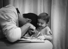 Playing (aru_puceta) Tags: christmas family blackandwhite bw white house black game love home familia fun happy navidad kid big mood child play little brothers amor son laugh jugar hermano lovely having juego niño hermanos pequeño hijo estima reir