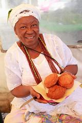 Acaraje da Rita - Rio Vermelho | Salvador, Bahia ( mandacaru) Tags: food photography bahia salvador brazilianfood 247028 foodphotography acaraje 5dmk2 2012reinaldomandacaru