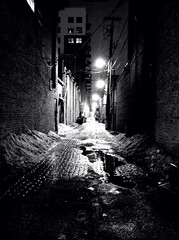 Alley Revisit (Susanne Peters (aka Cyber) 1M Views, 10+ years!) Tags: chicago illinois iphone4 iphoneography fxphotostudio