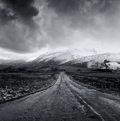 Blencathra (polarisandy) Tags: blackandwhite white mountain black rolleiflex square landscape grey hill vintagecamera delta100 ilford fell planar twinlensreflex mountainrange selfdeveloped homedeveloped 35f ilfosol fellside synchrocompur ilfosol3 silverfx polarisandy