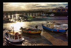 Bridlington Harbour (Phil Emmerson) Tags: old winter light sunset shadow england brown sun sunlight wet water colors weather clouds boats evening coast boat seaside sand sailing colours shadows view harbour sony yorkshire transport east eveningsky bridlington eastcoast sonya500
