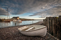 Porlock Weir Harbour (_ justintheframe_) Tags: sunrise boat nikon harbour somerset rowing porlockweir tonemappped d300s justintheframe