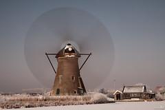 Rotating blades (BraCom (Bram)) Tags: winter snow cold mill ice reed netherlands windmill sneeuw nederland unesco spinning riet kinderdijk alblasserwaard molen worldheritage ijs windmolen koud zuidholland werelderfgoed nd110 draaiend 110nd leuropepittoresque bracom bw110endgrey
