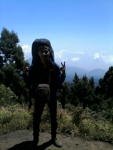 "Pengembaraan Sakuntala ank 26 Merbabu & Merapi 2014 • <a style=""font-size:0.8em;"" href=""http://www.flickr.com/photos/24767572@N00/26557070164/"" target=""_blank"">View on Flickr</a>"