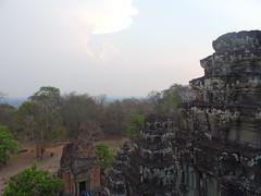 DSC01224 (LeeZhenYu) Tags: cambodia siemreap angkor phnombakheng phnom bakheng