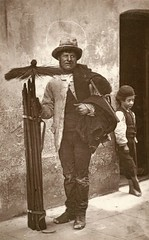 From 'Street Life in London', 1877, by John Thomson and Adolphe Smith:The Temperance Sweep [1289 x 800] #HistoryPorn #history #retro http://ift.tt/1qBcLSJ (Histolines) Tags: life from street london history by john x retro thomson timeline 800 sweep 1877 temperance vinatage adolphe 1289 smiththe historyporn histolines httpifttt1qbclsj