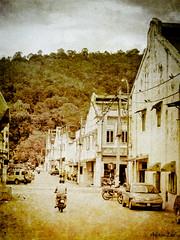 the sleepy town of Bentong (adam lee1) Tags: street texturing