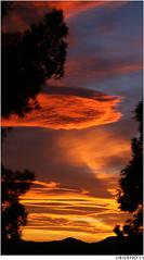 A very windy sunset (Ubierno) Tags: sunset sky españa valencia clouds atardecer spain wind windy viento alicante ciel cielo nubes puestadesol nuages alacant comunidadvalenciana ventoso comunitatvalenciana ubierno mygearandme mygearandmepremium mygearandmebronze mygearandmesilver mygearandmegold mygearandmeplatinum mygearandmediamond