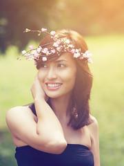 Lothlórien Lores 5 (joms-allsunday) Tags: flowers portrait up outdoor crown filipina diliman diadem lothlórien incognitophotoworks